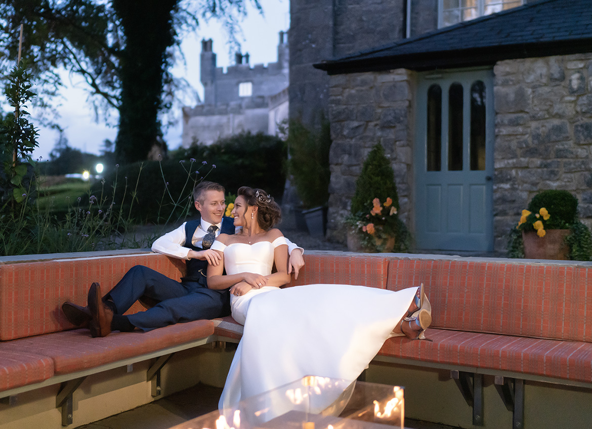A guide for wedding couples getting married who wish to plan a stress free wedding day with a relaxed wedding photographer